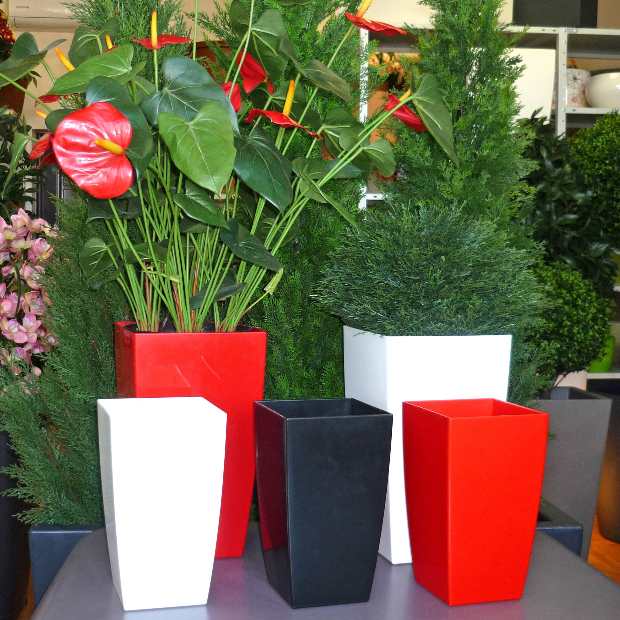Кашпо для цветов напольное